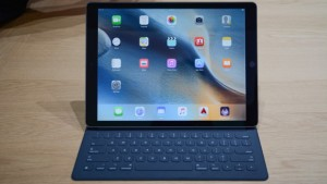 apple_ipad_pro_smart_keypad