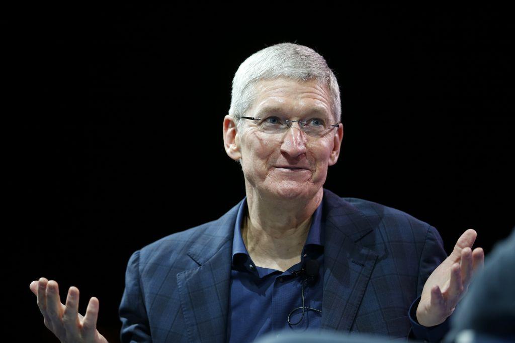 apple-hiring-samsung-experts-tears-surprise